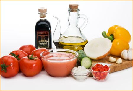 Recipes BlogGazpacho Andaluz (Spanish cold tomato soup) Recipe
