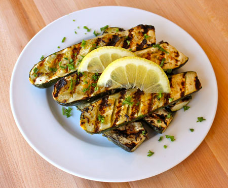 450-Grilled-Lemon-Butter-Zucchini