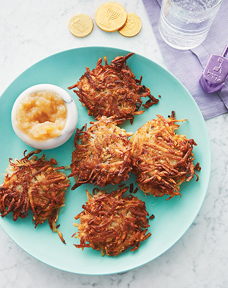 450-KS_Lacy-Latkes-and-Applesauce
