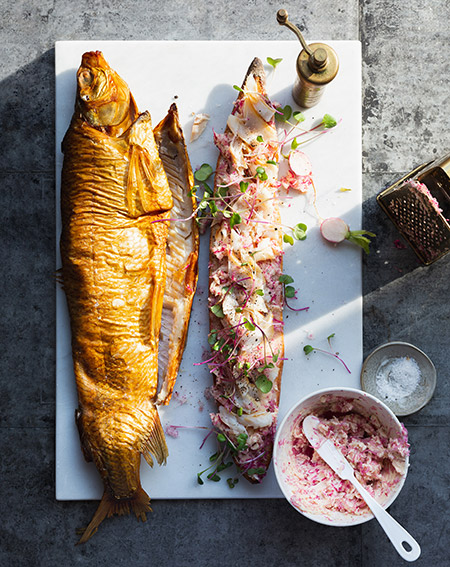 450-Smoked-white-fish-toast-with-radish-butter