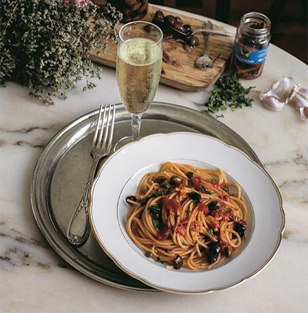 450-Spaghetti-alla-Puttanesca-
