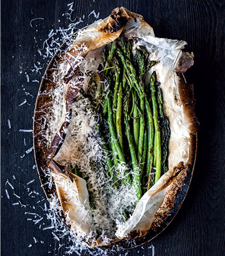 450-Asparagus-al-Cartoccio-with-Butter-Mint-and-Parmesan